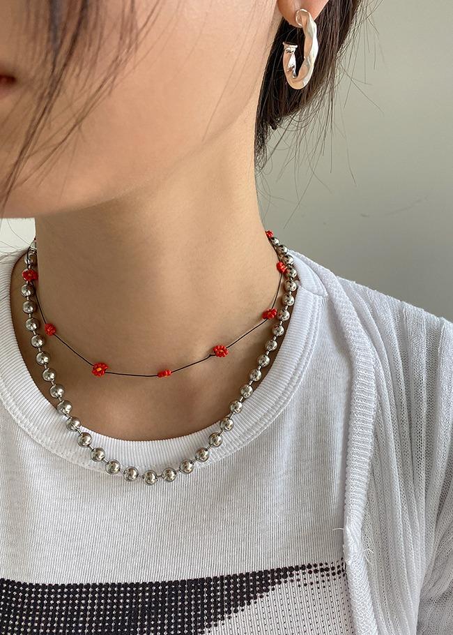 DARKVICTORY小花造型串珠項鍊