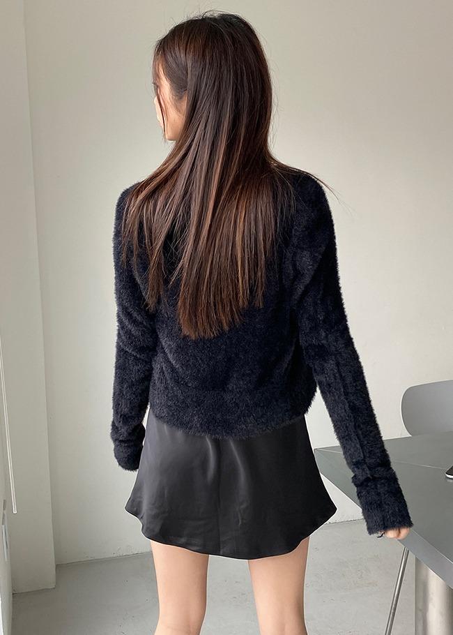 DARKVICTORY絨毛感V領短版針織外套