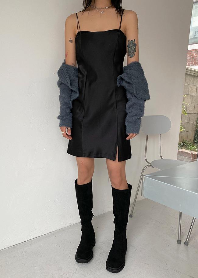DARKVICTORY細肩帶單開衩緞面洋裝