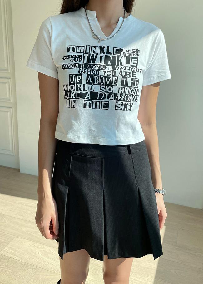 DARKVICTORYTWINKLE印字開衩領短版T恤