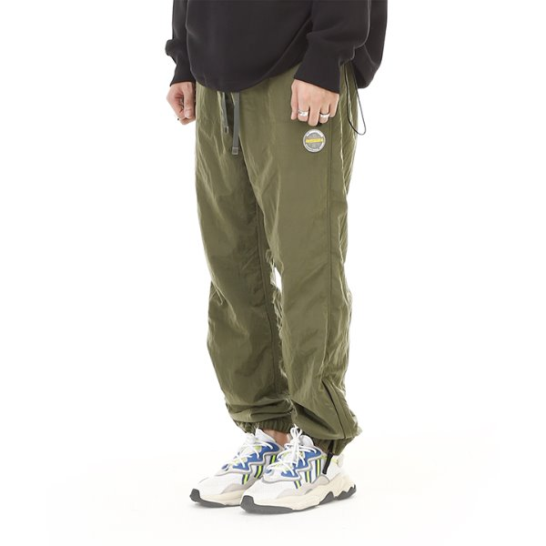 [RDVZ] 알디브이제트 Metallic Warm Up Pants Olive