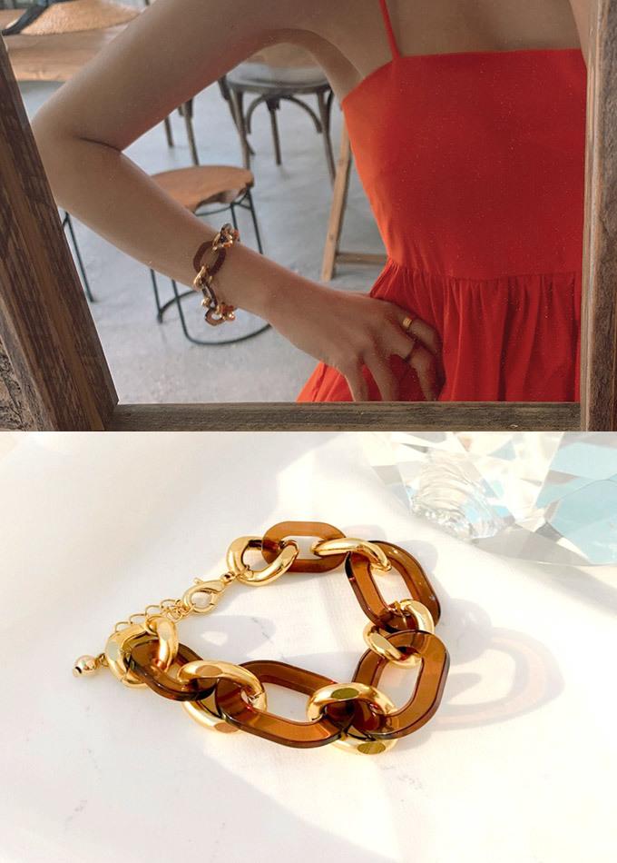 Lone Bold Wood Chain Bracelet