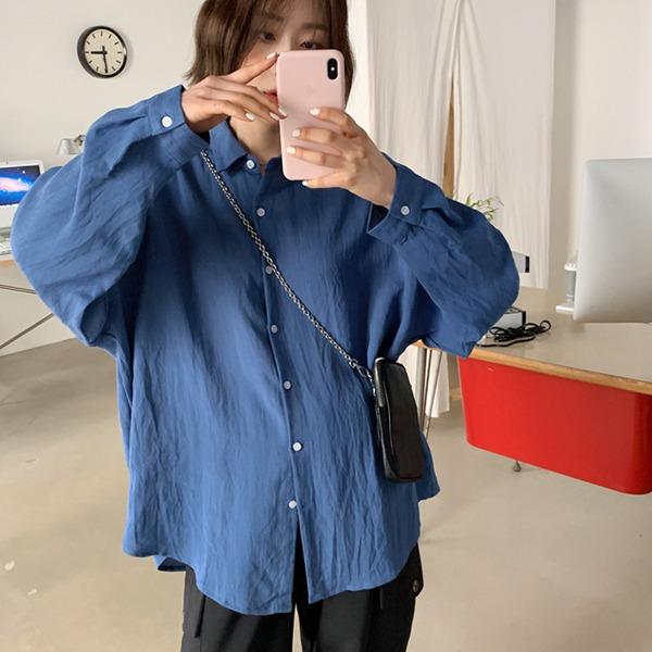 純色軟料寬鬆長袖襯衫