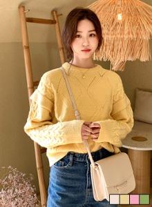 麻花紋點綴袖針織上衣