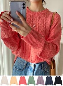 小麻花紋圓領寬鬆針織衫