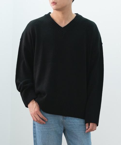 세미 오버 브이넥 니트 티셔츠
