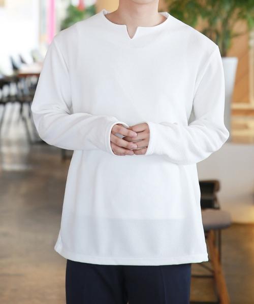 슬릿 포인트 브이 티셔츠