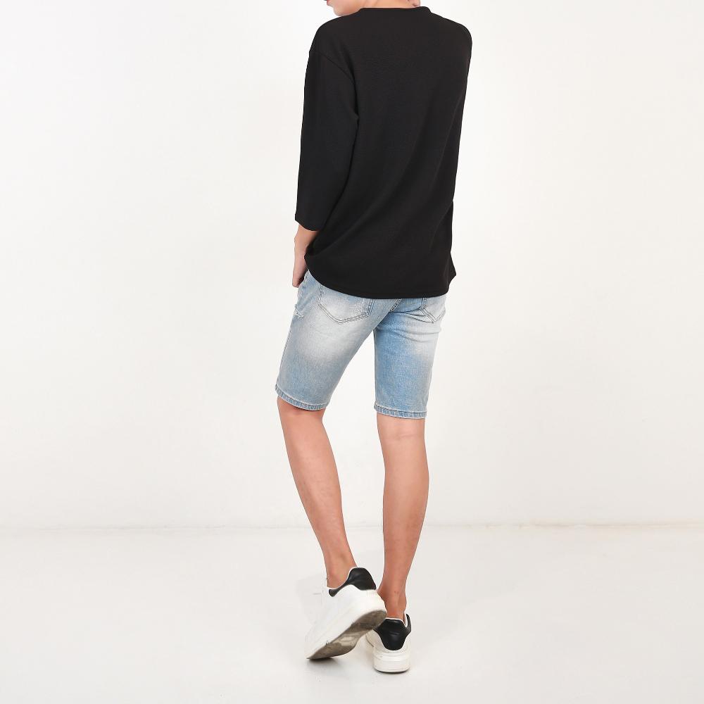 반팔 티셔츠 모델 착용 이미지-S1L49