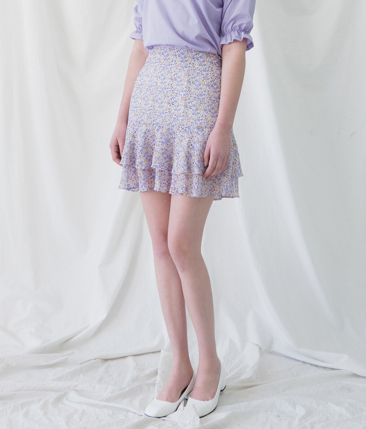 ROMANTIC MUSETiered Frill Hem Floral Skirt