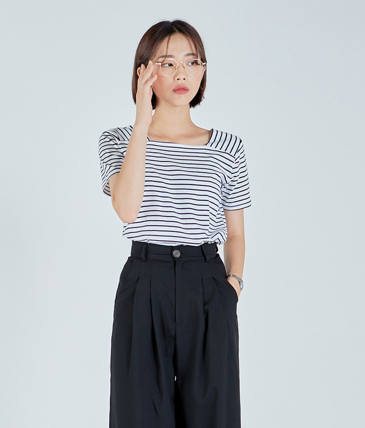 ESSAYSquare Neck Stripe Top