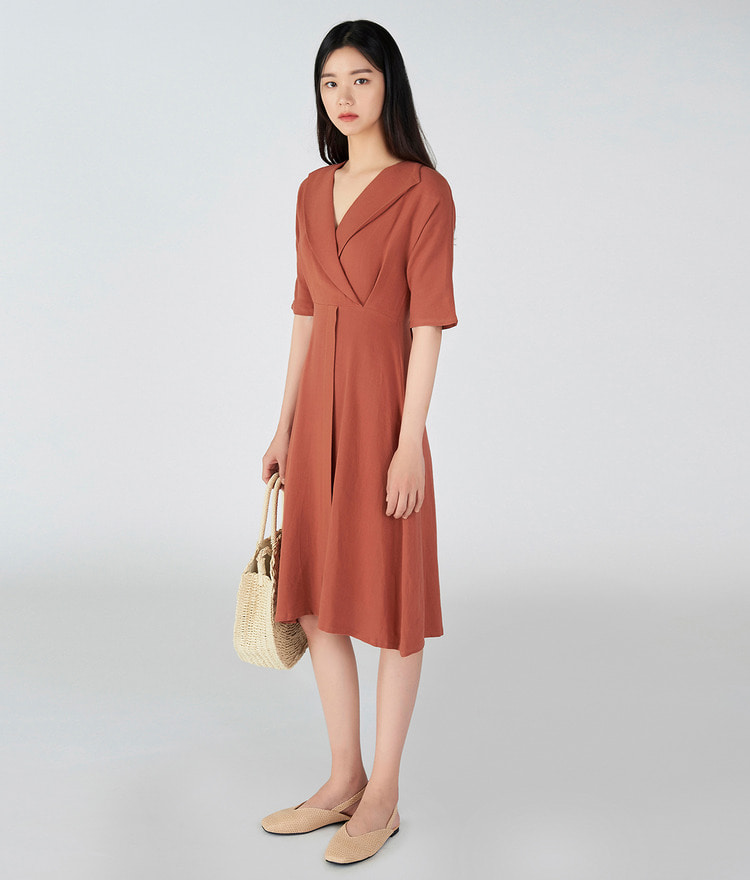 ESSAYShawl Collar Half Sleeve Dress