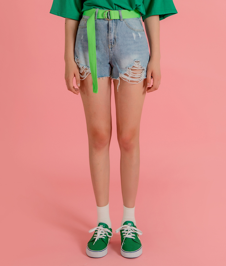 QUIETLABRipped Hem Denim Shorts