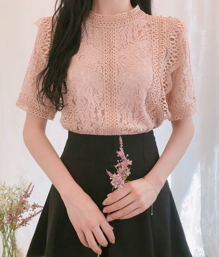 ROMANTIC MUSEHigh Neck Lace Blouse