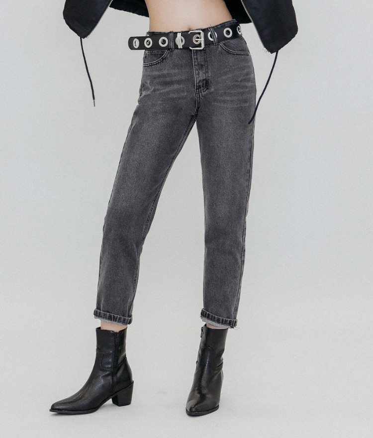 QUIETLAB  Cropped Dark Gray Jeans
