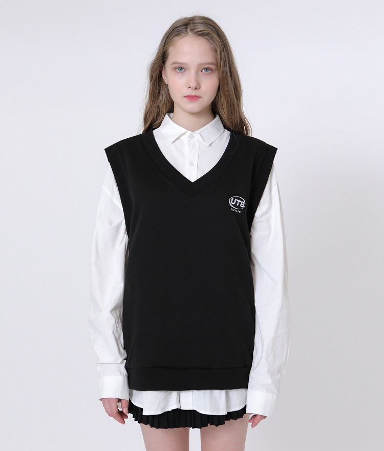 UNTITLE8Embroidered Logo Black Vest