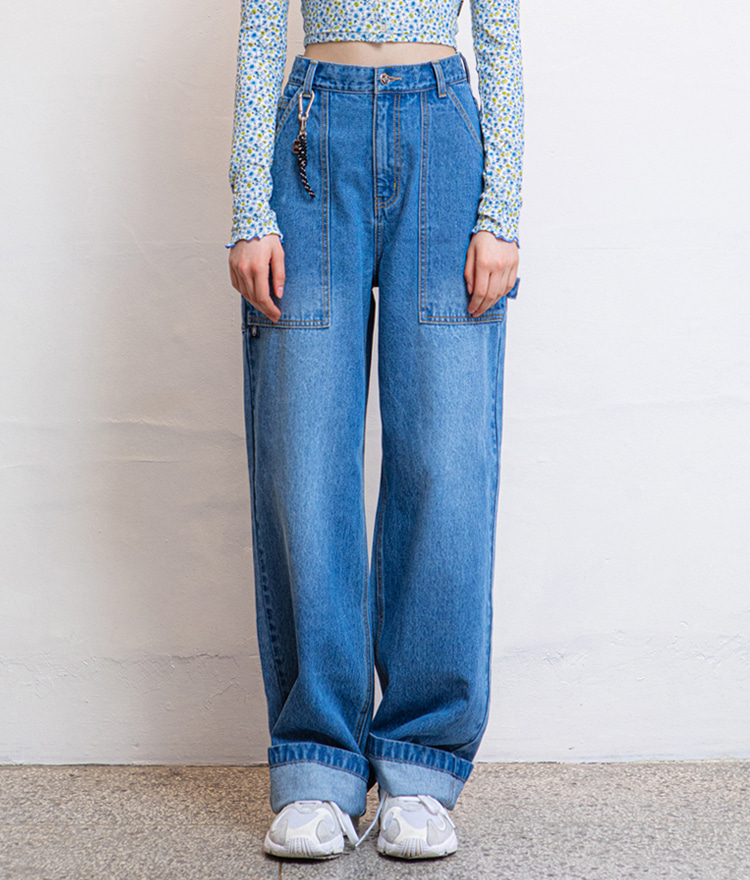 HIDEBlue Strap Accent Baggy Jeans