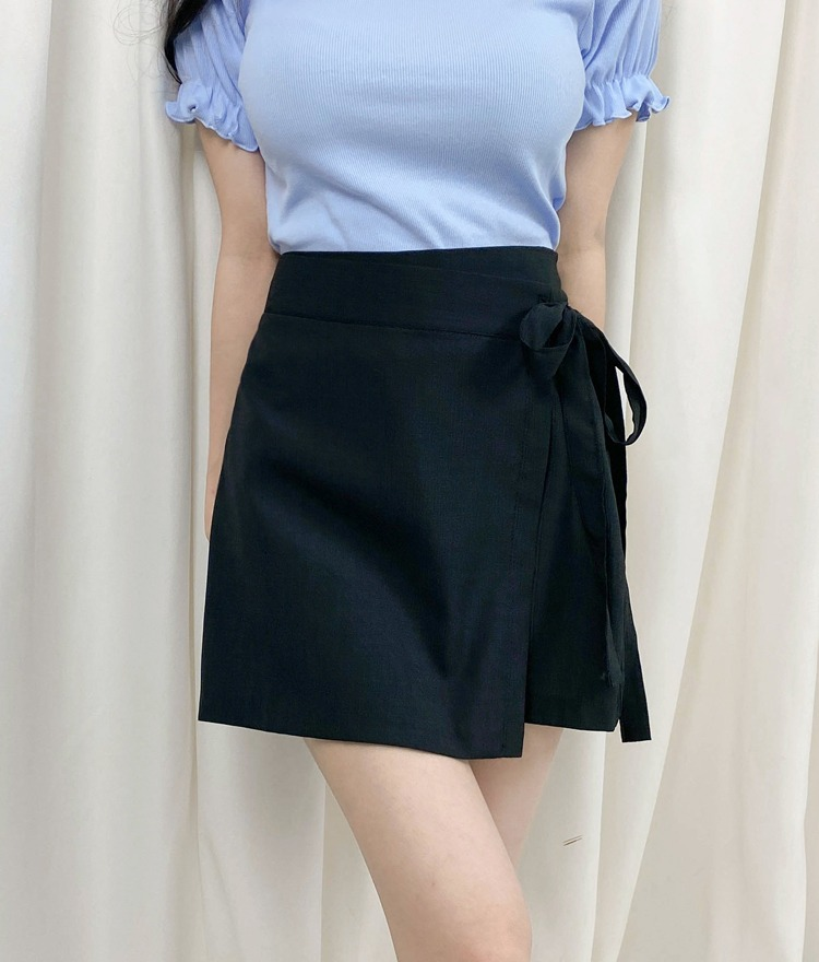 ROMANTIC MUSESelf-Tie Ribbon Wrap Skort