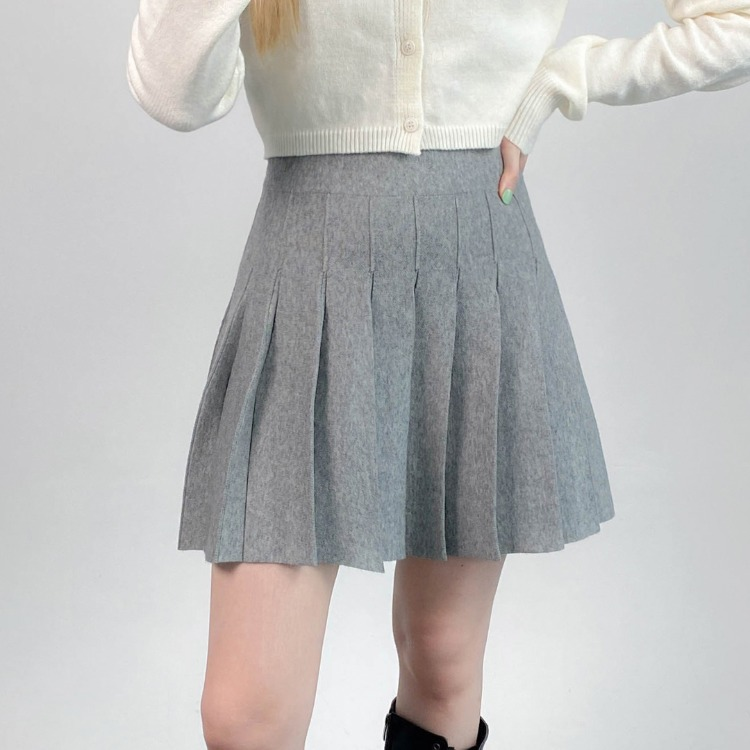 QUIETLABPleated A-Line Skirt