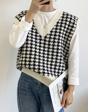 Hound tooth check v-neck knit vest s138664