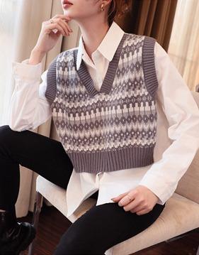 플라워 조끼장식 화이트 셔츠 v140962