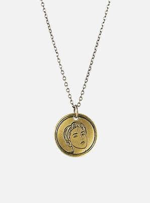 BAEKHYUN NORDIC GOLD COIN NECKLACE - Delight