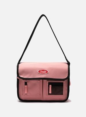 DAYLIFE MAIL MESSENGER BAG (PINK)