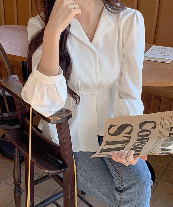 봄신상 아듀 오픈카라 퍼프 블라우스