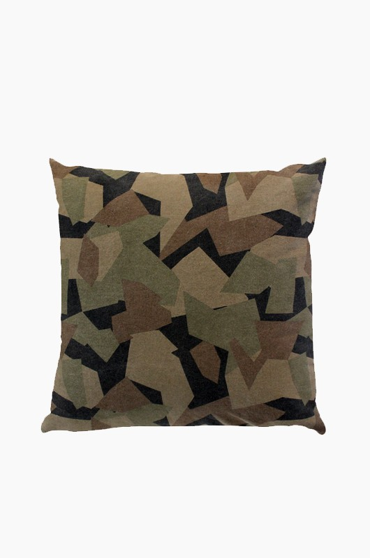 SEPTEMBER ROOM Camouflage Cushion Green