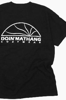 DOIN'MATHANG Half Logo S/S Black