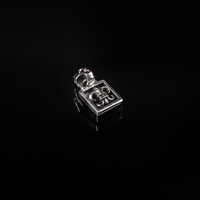 92762 플뢰르 사각박스 팬던트 (Silver)