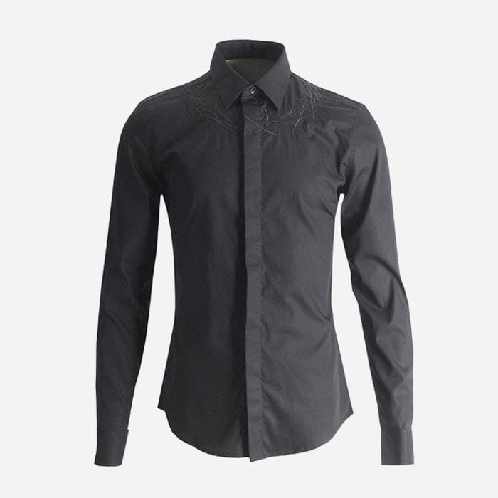 100993 쉐도우 네크라인 자수 히든버튼 셔츠 (Black)
