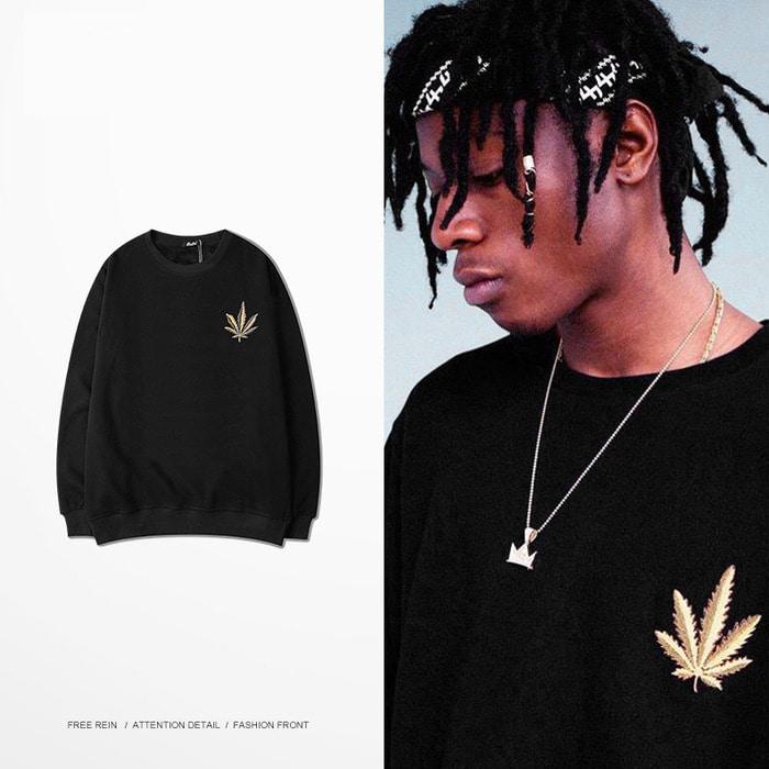 102381 금장단풍잎 패치 맨투맨 티셔츠 (Black)