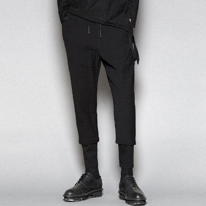 102909 엠보스킨 레깅스 트레이닝 팬츠 (Black)