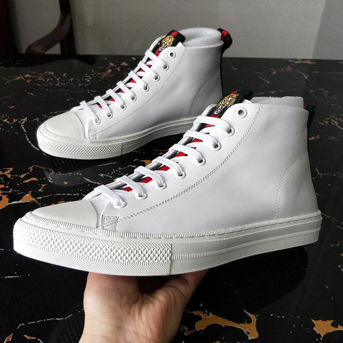 104387 GU 시그니처 타이거 배색 스니커즈 (White)