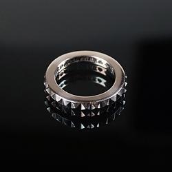 92710 CH 톱니 레터링 반지 (Silver)