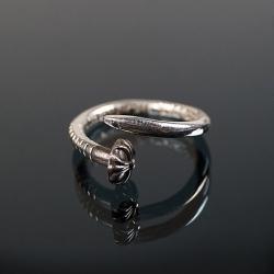 92718 CH 크로스 네일 레터링 반지 (Silver)