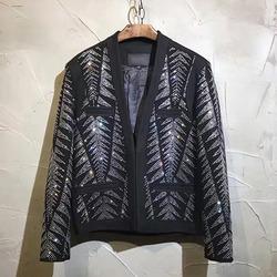 99776 BA 유니크 큐빅라인 패턴 자켓 (Black)