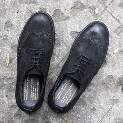 100265 스웨이드 라인 윙팁 스니커즈 (Black)