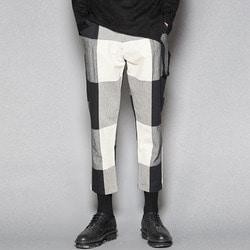 102561 블록 배색 7부 슬랙스 팬츠 (Black+White)