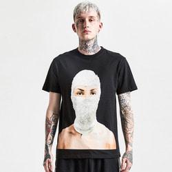105563 어닛 크리스탈 마스크 프린팅 하프 티셔츠 (2Color)
