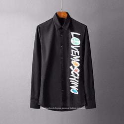 105837 LO 그래피티라인 사이드 레터링 포인트 셔츠 (2Color)