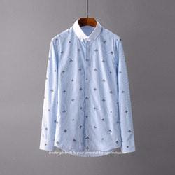 105831 GU 꿀벌패턴 스트라이프 히든 다운버튼 셔츠 (Sky Blue)