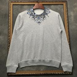 105967 GI 네크라인 크리스탈 크라운 맨투맨 티셔츠 (2Color)