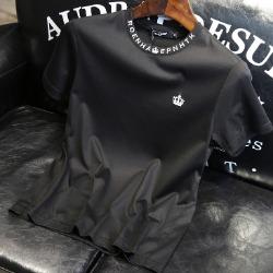 107609 크라운 네크라인 레터링 포인트 하프 티셔츠 (2Color)