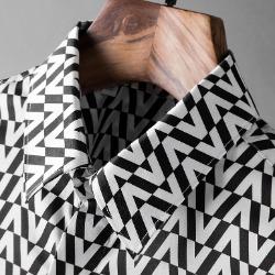 107825 유니크라인 브이패턴 포인트 히든버튼 셔츠 (Black)