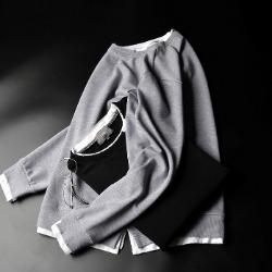 108044 레이어드라인 데미지 포인트 맨투맨 티셔츠 (2Color)