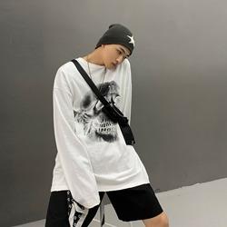 109688 스트릿 오버 스컬 티셔츠