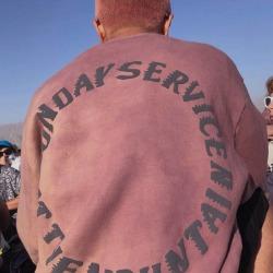 110072 트러스트 갓 서클 레터링 라운드넥 맨투맨 티셔츠
