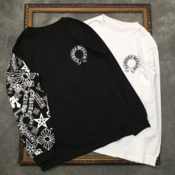 110258 언밸런스 소매 멀티 레터링 라운드넥 맨투맨 티셔츠