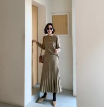 純色腰鬆緊百褶針織長裙